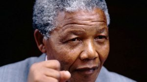 history_speeches_4033_nelson_mandela_support_abolish_aparteid_still_624x352