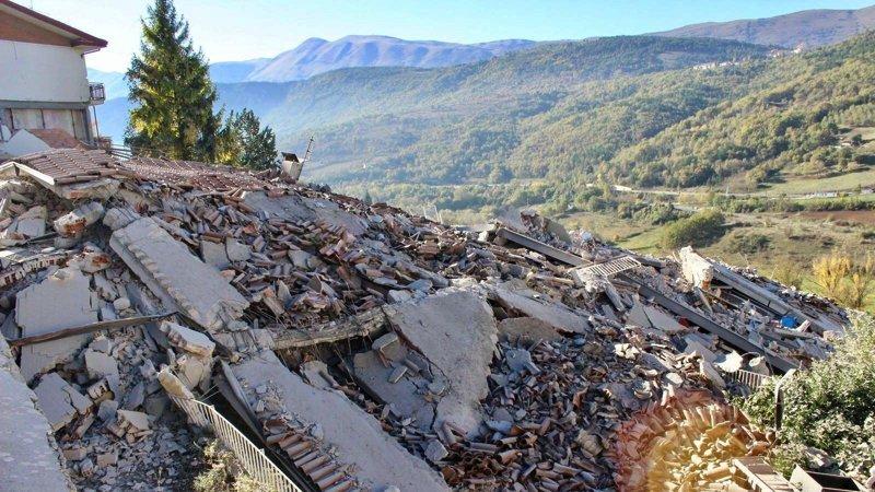 norcia-terremoto-andrea-ranocchia-vieri-beneficenza